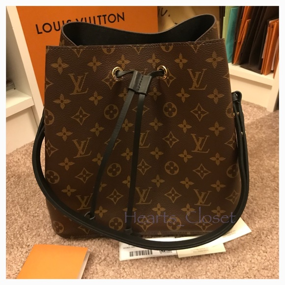 1365d1a6f051 Louis Vuitton Neo Noe in Noir